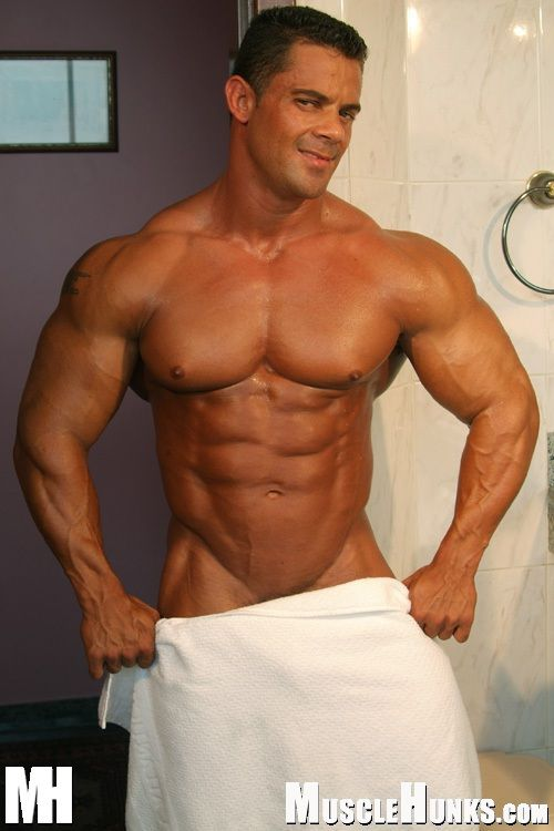 Muscle men naked Gay Muscle